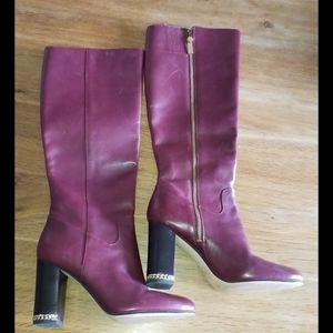 Knee high boots 👢    Michael Kors size8